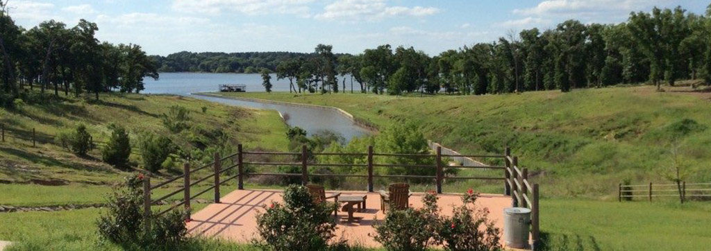 lakefront property Cedar Creek Lake TX